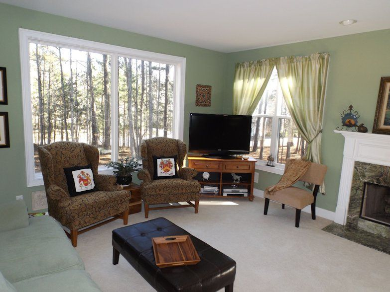 11_Family Room_Julie Murphy